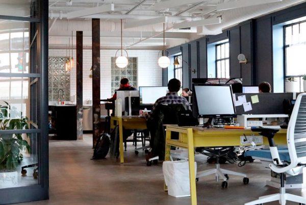 Soledad laboral en las empresas