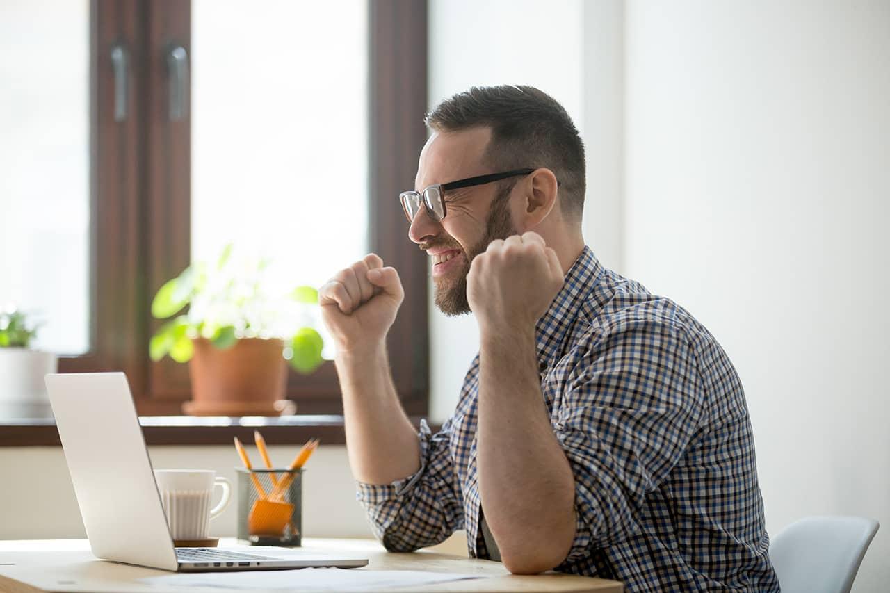 ¿Por qué debemos enviar mensajes positivos a los empleados?