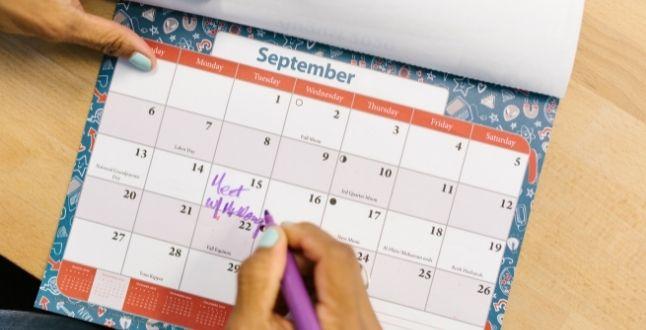 Crea-un-entorno-laboral-seguro-y-saludable-para-prevenir-el-estrés-postvacacional-de-tu-equipo (2)